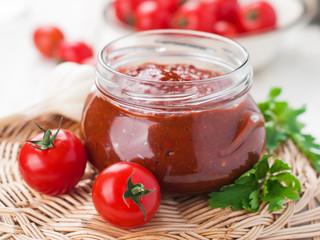 Tomato sauce (jam)