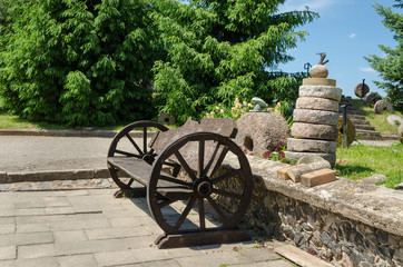 bench wheel carriage rail stacked tower millstones