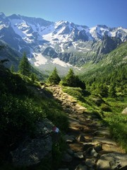 sentiero verso il Baitone