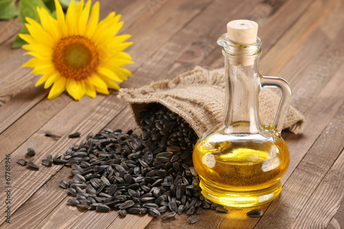 sunflower oil, seed and sunflower - 67768946
