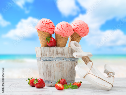 canvas print picture Ice Creams On Vacation