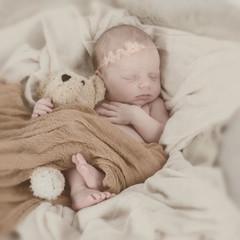 Kuschelndes Baby