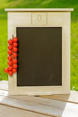 Text-Tafel fuer die Tomatensaison