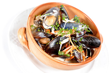 Mussels stewed in white wine