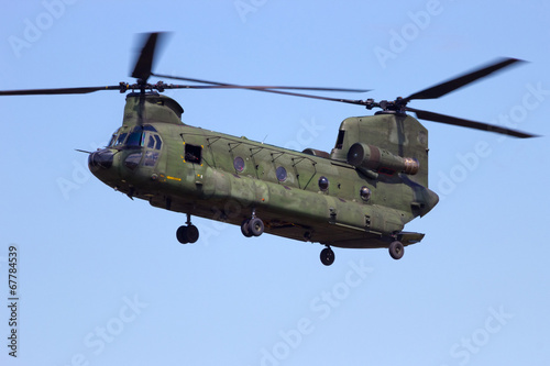 Tuinposter Helicopter Chinook transport helicopter