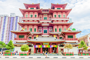 Buddha tooth temple in singapore