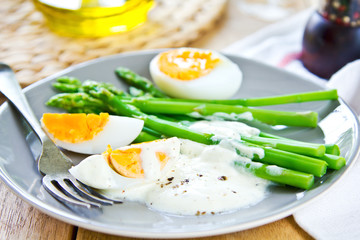 Asparagus with boiled eggs