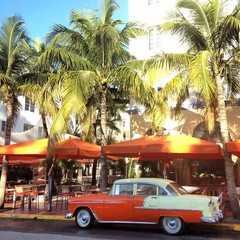 Old car - Miami Beach