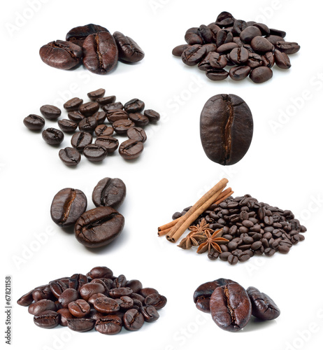 Plexiglas Aromatische Coffee bean isolated on white background