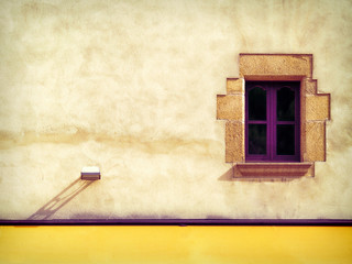 Colored spanish wall