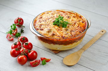 Polenta pie with vegetables