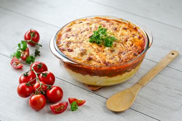 Polenta pie with vegetables