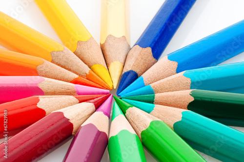 Leinwandbild Motiv Viele bunte Farbstifte