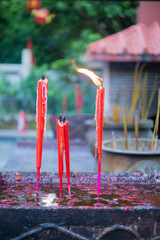 red temple candle