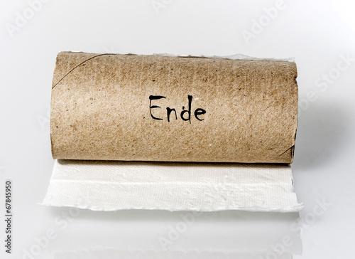 Leere Toilettenpapierrollen - 67845950