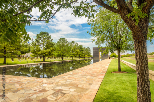 Fotobehang Historisch mon. Pool of the Oklahoma National Memorial