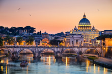 "Постер, картина, фотообои ""Night view of the Basilica St Peter in Rome, Italy"""