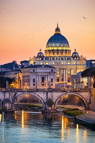 Zdjęcia na płótnie, fototapety, obrazy : Night view of the Basilica St Peter in Rome, Italy