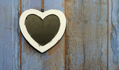 Heart shaped shabby chic chalk board