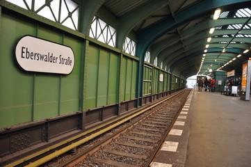U-Bahnhof U2 Haltestelle Eberswalder Straße