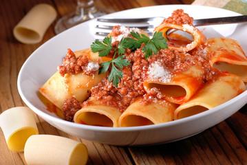 paccheri napoletani al ragù di carne