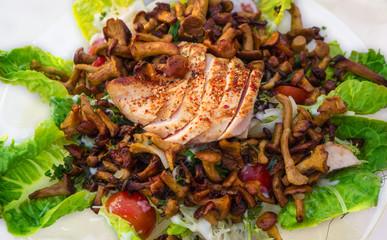 Pfifferlingssalat, Hähnchenbrust
