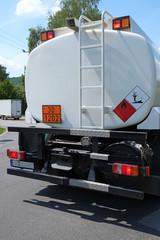 Lastkraftwagen mit Heizöl