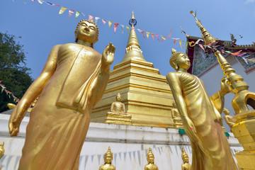 Wat Luang en Phrae, Tailandia