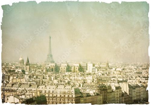 old fashioned paris france © ilolab