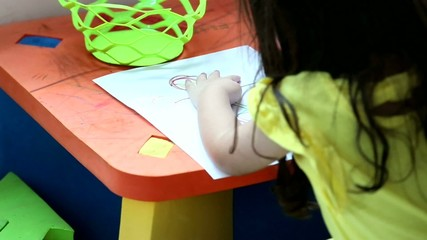 girl drawing a picture