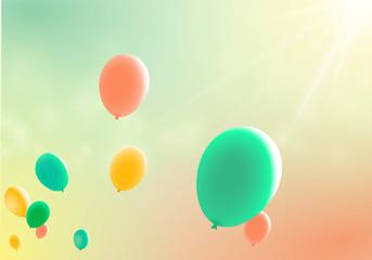 Fliegende Ballons im Abendlicht