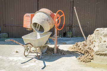 Baustelle, Betonmischer - Mischmaschine