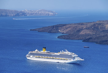 sea liner in Santorini bay