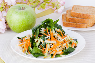 salad with apple and carrot