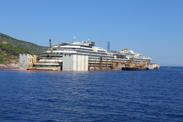 Front view of the wreck of Costa Concordia