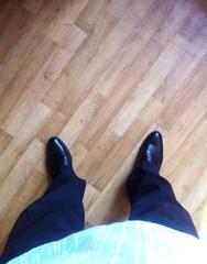 ноги в туфлях вид сверху