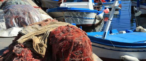 Le reti da pesca nel porto