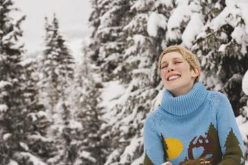 Italien,Südtirol,junge Frau lächelnd