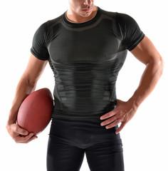 Retrato de un musculoso jugador de rugby en fondo blanco.