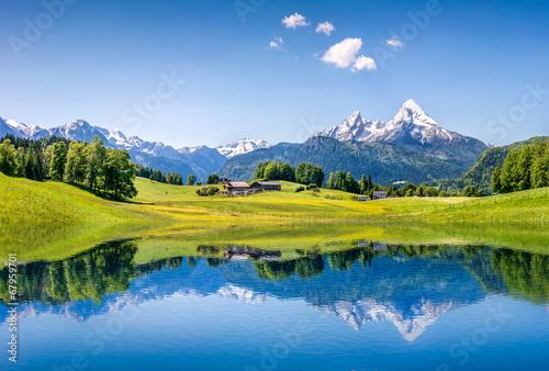 Foto op Canvas Alpen Idyllic summer landscape with mountain lake and Alps