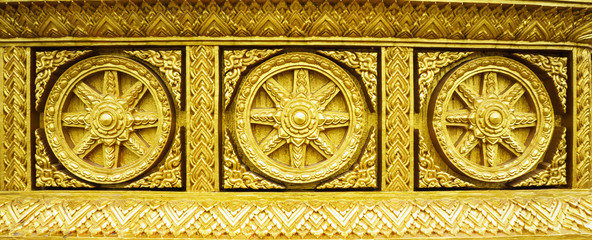 golden buddhism wheel of the dharma