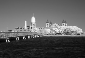 Infrared image of the Ellis Island from the Liberty Park