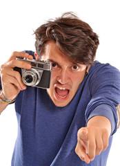 Testigo tomando fotos. Joven fotógrafo reportero.