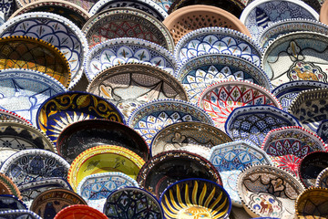 traditional Tunisian ceramics markets tunisia