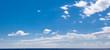 canvas print picture - grand ciel de beau temps au-dessus de la mer