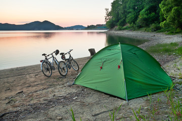 tent and two bicycles