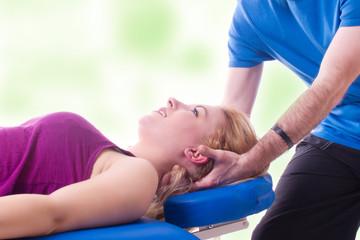 Physio für den Halswirbel