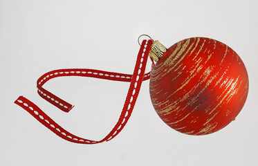 rote Christbaumkugel