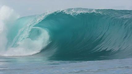 Slow Motion Ocean Wave