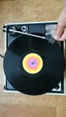 Plattenspieler Hand startet Musik